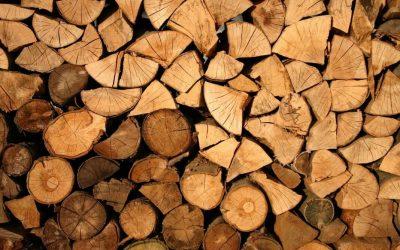 Come calcolare il peso di una catasta di legna… senza bilancia!